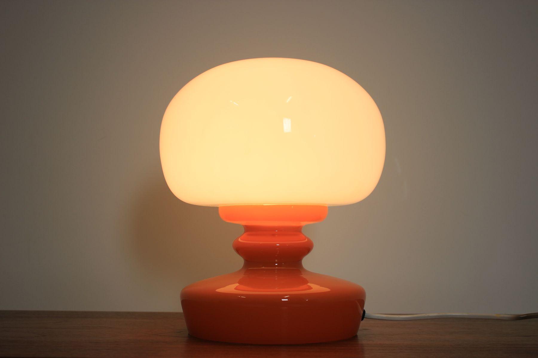 Lampade In Vetro Anni 70 : Lampada da tavolo in vetro anni in vendita su pamono