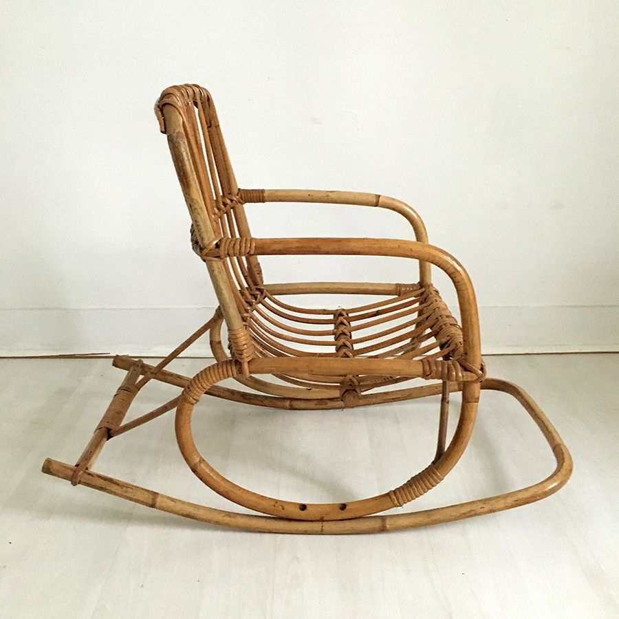 vintage schaukelstuhl aus rattan f r kinder 1960er. Black Bedroom Furniture Sets. Home Design Ideas