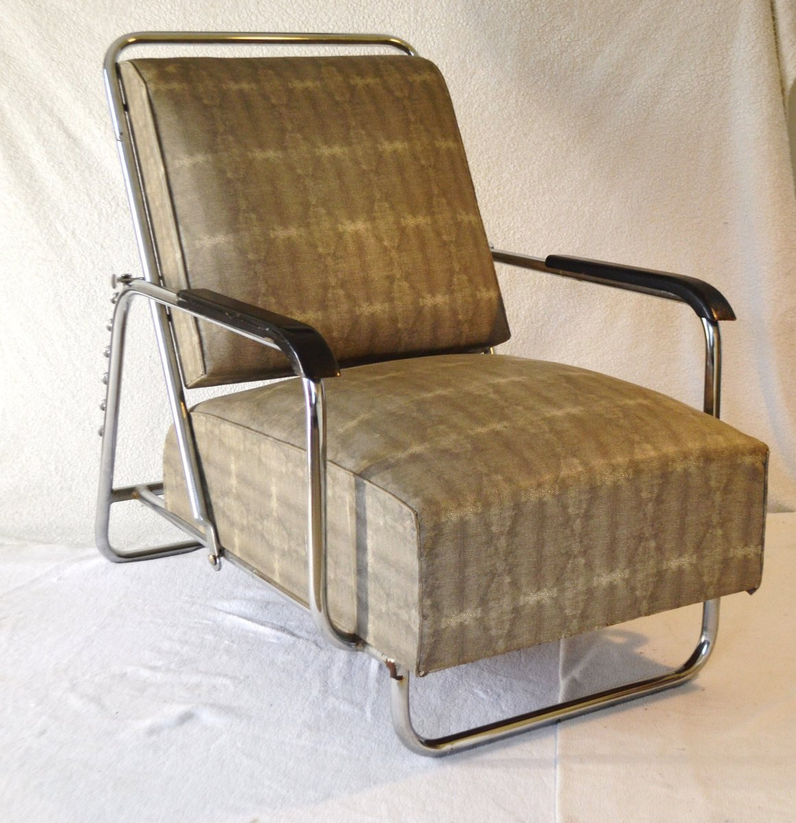 Large Bauhaus Adjustable Lounge Chair With Stool 1930s