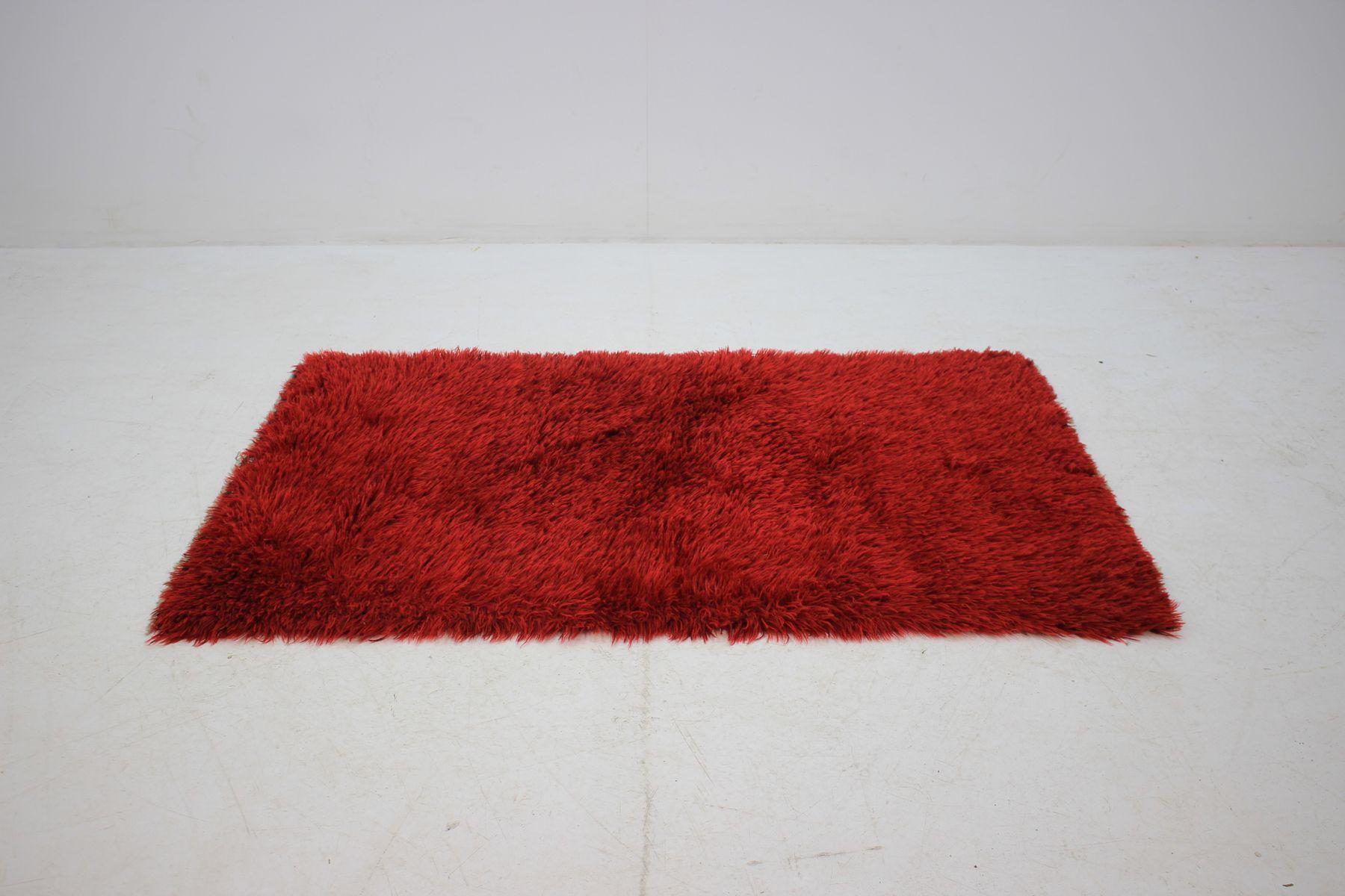 d nischer mid century teppich aus roter wolle 1970er bei pamono kaufen. Black Bedroom Furniture Sets. Home Design Ideas