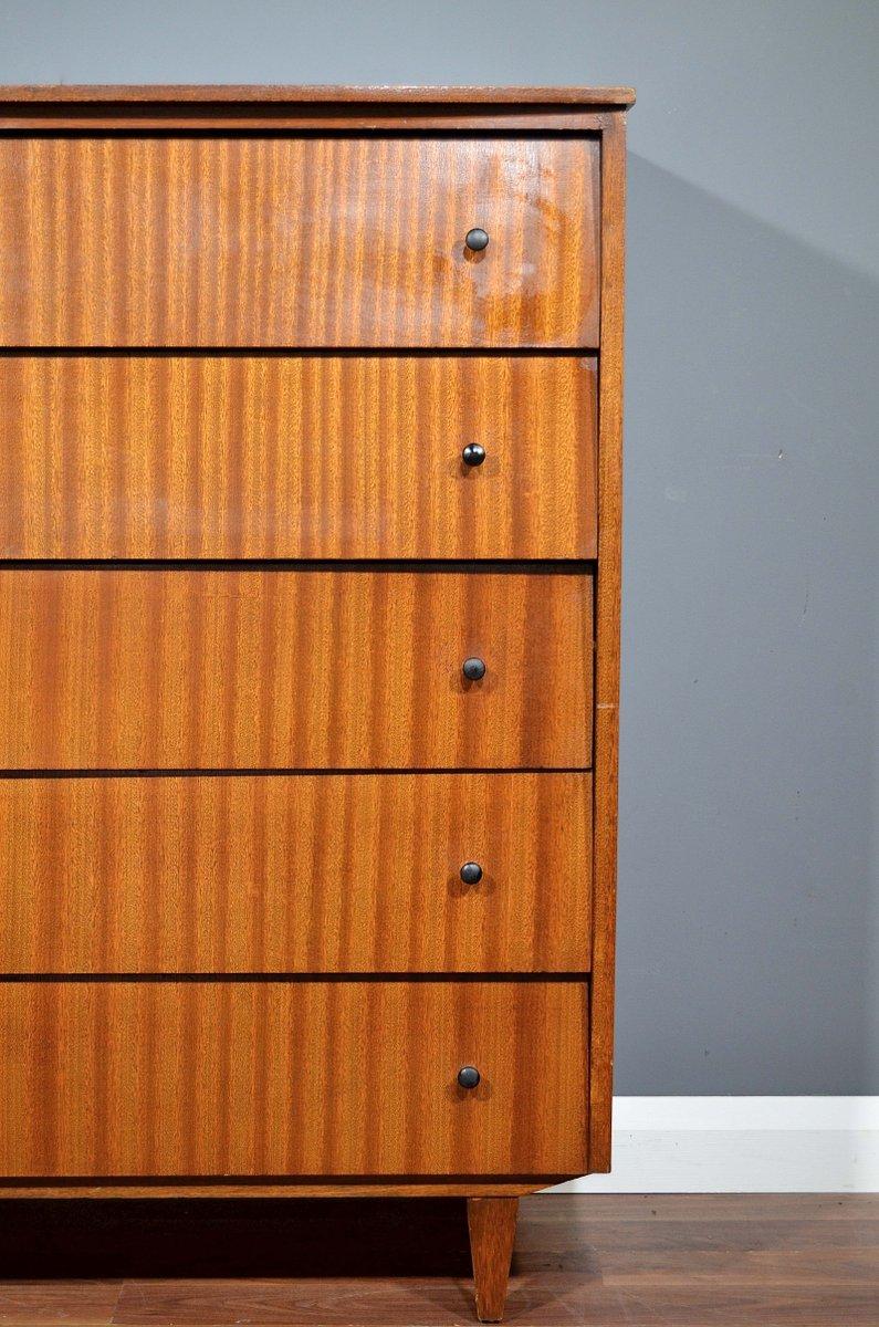 mid century kommode aus nussholz bei pamono kaufen. Black Bedroom Furniture Sets. Home Design Ideas