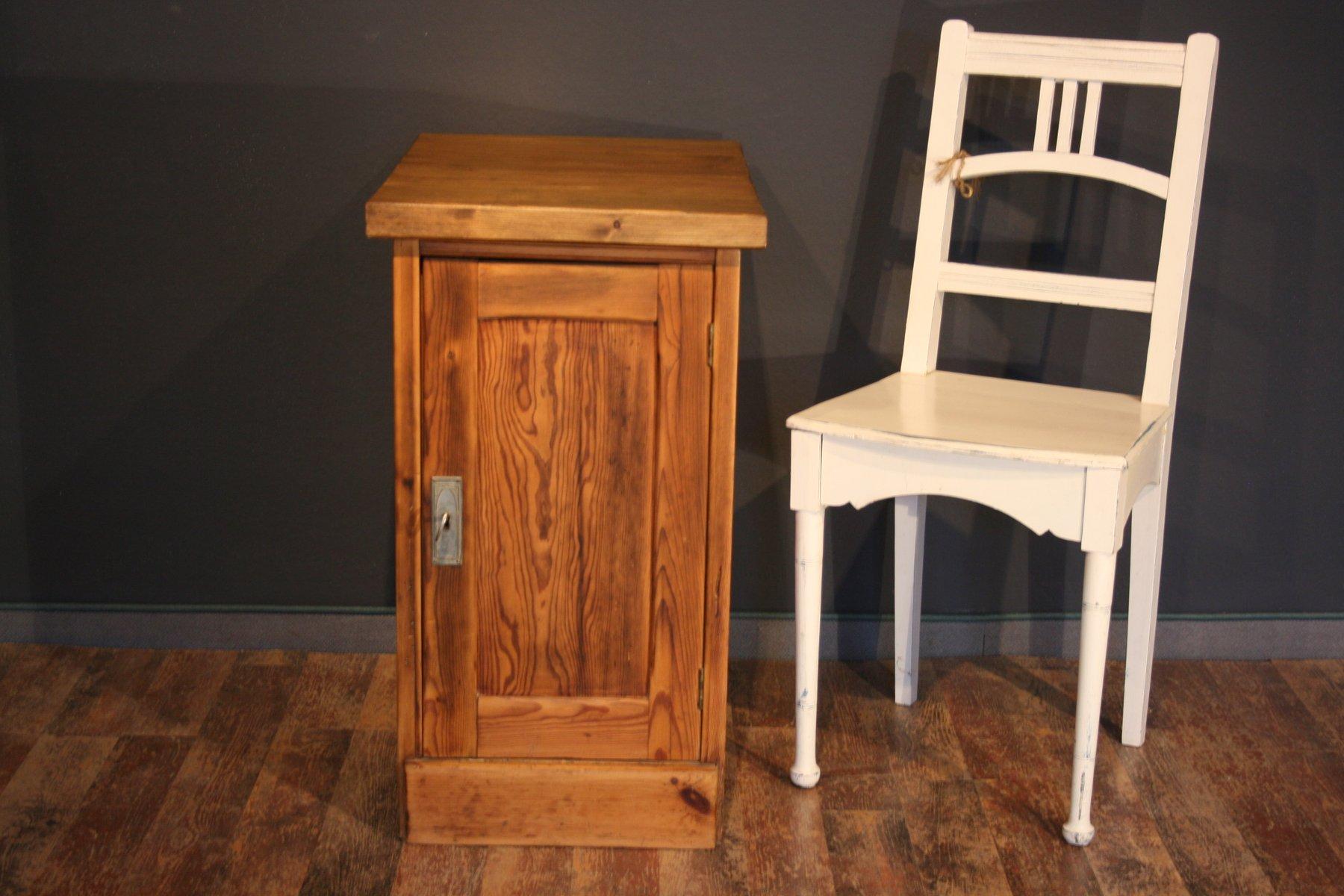 Petit meuble de bureau antique en vente sur pamono