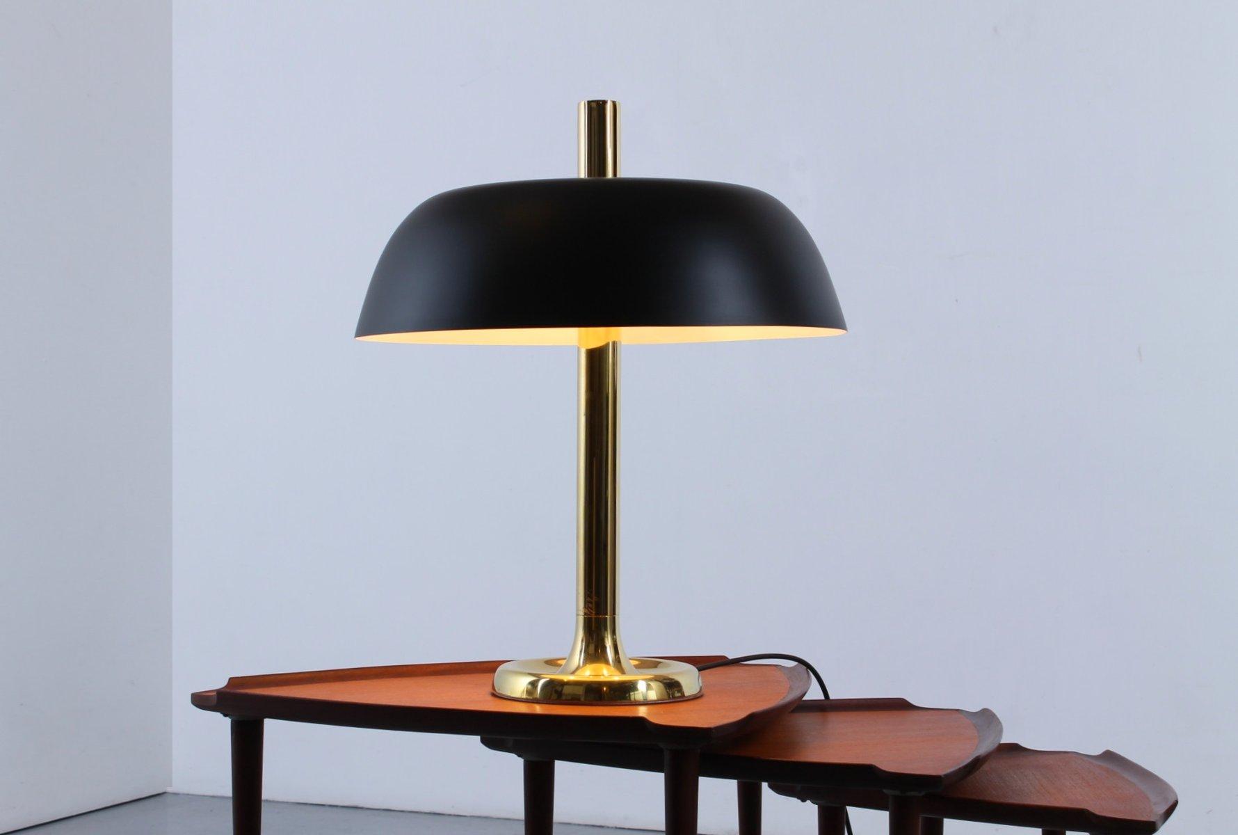 tischlampe mit schwarzem schirm in pilz optik s ule aus. Black Bedroom Furniture Sets. Home Design Ideas