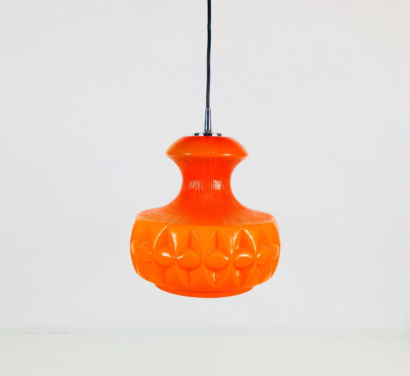 Orangefarbene Hängelampe aus Glas von Peill und Putzler, 1970er