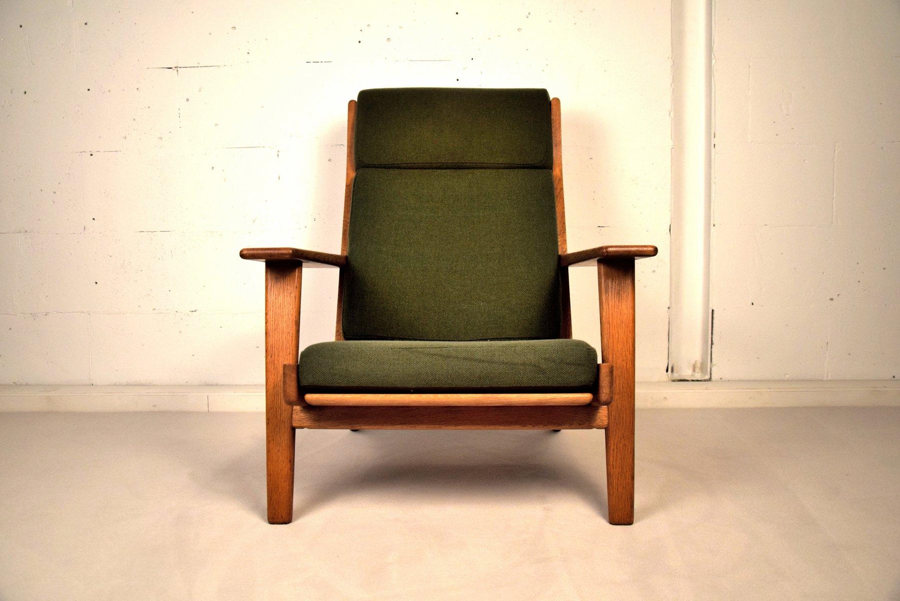 ge290 sessel mit hoher r ckenlehne von hans j wegner. Black Bedroom Furniture Sets. Home Design Ideas