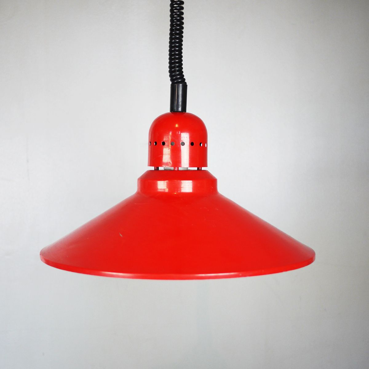 Rote italienische Vintage Hängelampe, 1960er