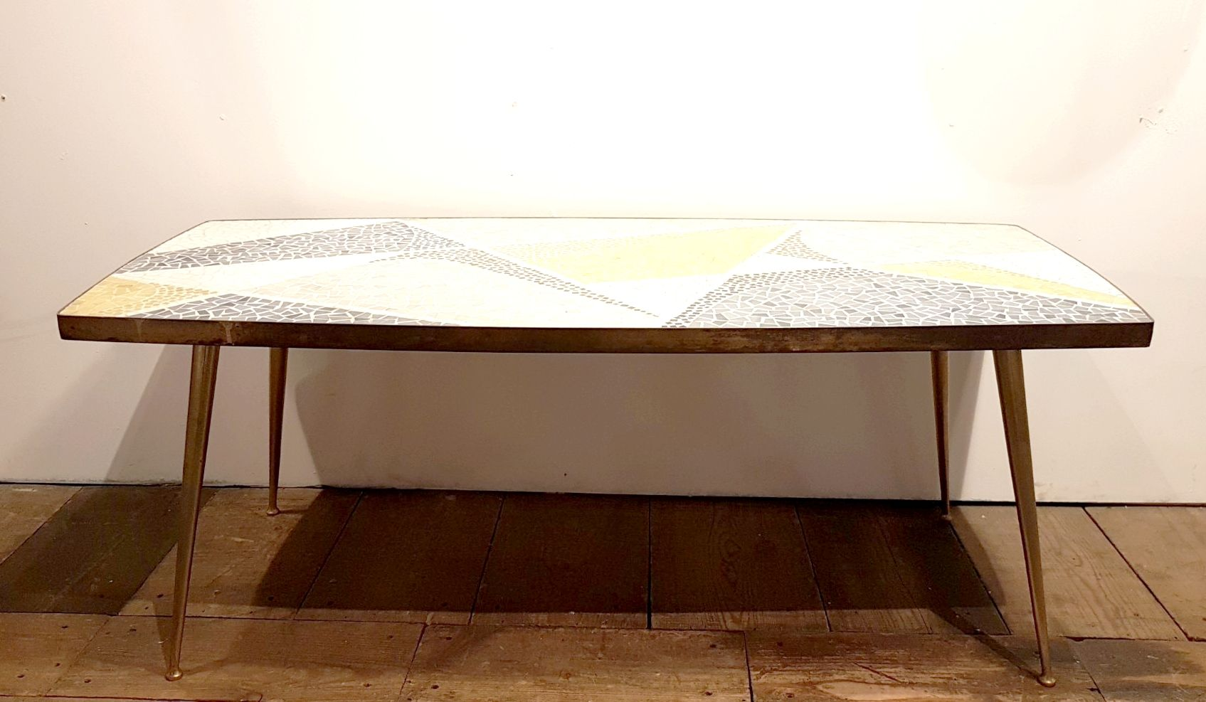 table basse vintage en mosa que en laiton par berthold m ller en vente sur pamono. Black Bedroom Furniture Sets. Home Design Ideas