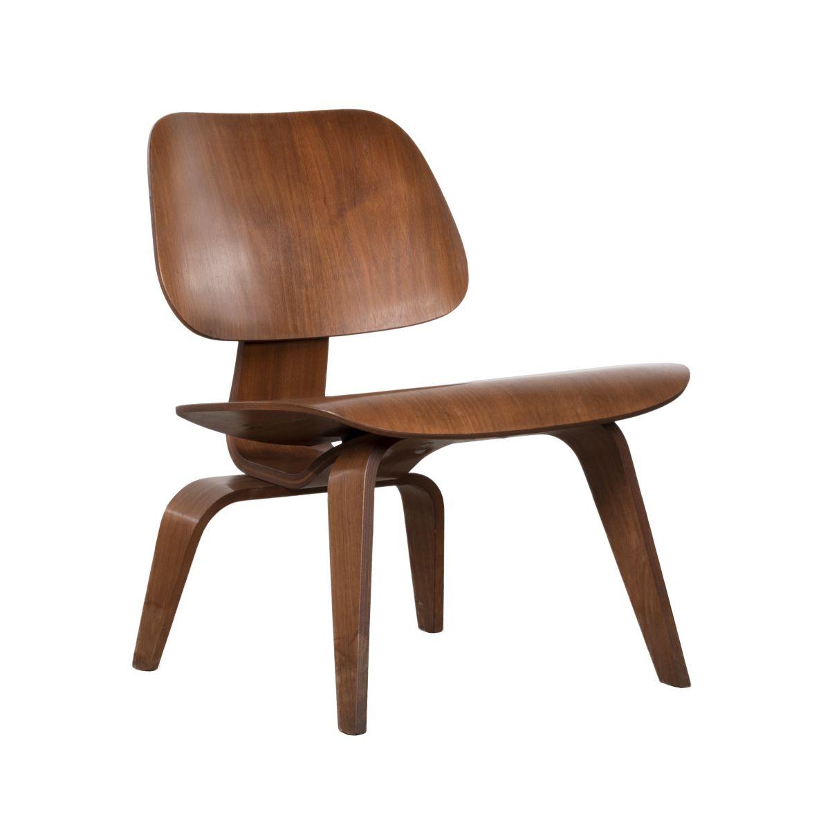 lcw stuhl aus nussholz von charles ray eames f r herman miller 1950 cafe konrad vib. Black Bedroom Furniture Sets. Home Design Ideas