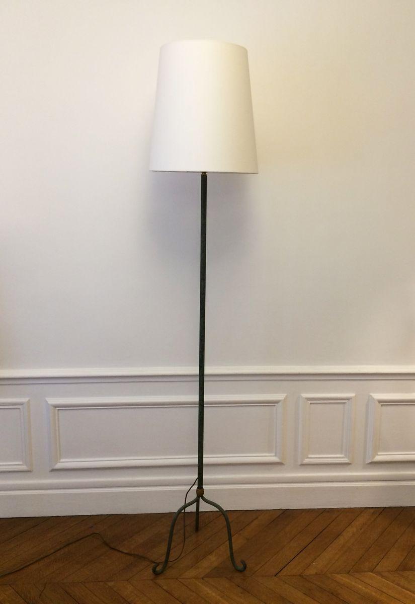 Dreibeinige Vintage Stehlampe aus Gusseisen