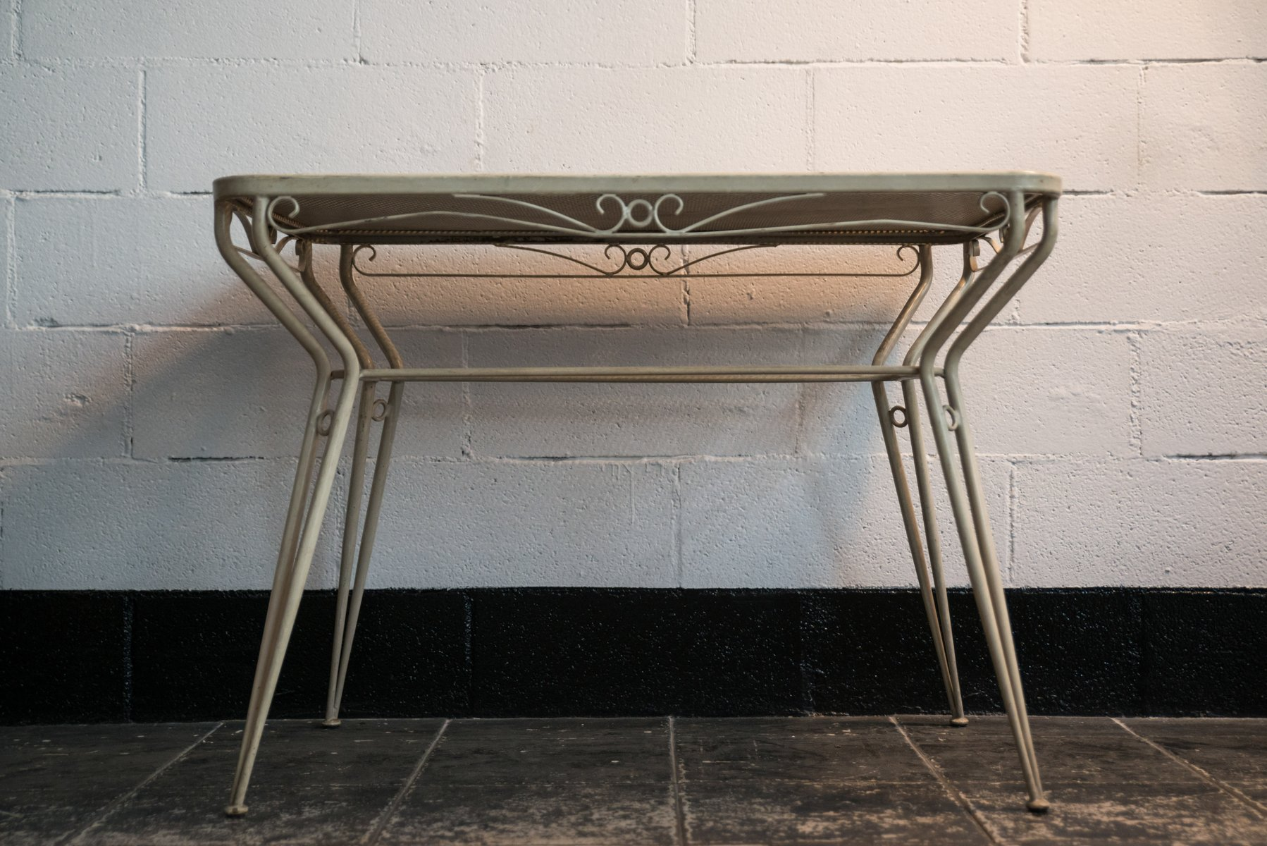 vintage gartentisch aws velbert. Black Bedroom Furniture Sets. Home Design Ideas