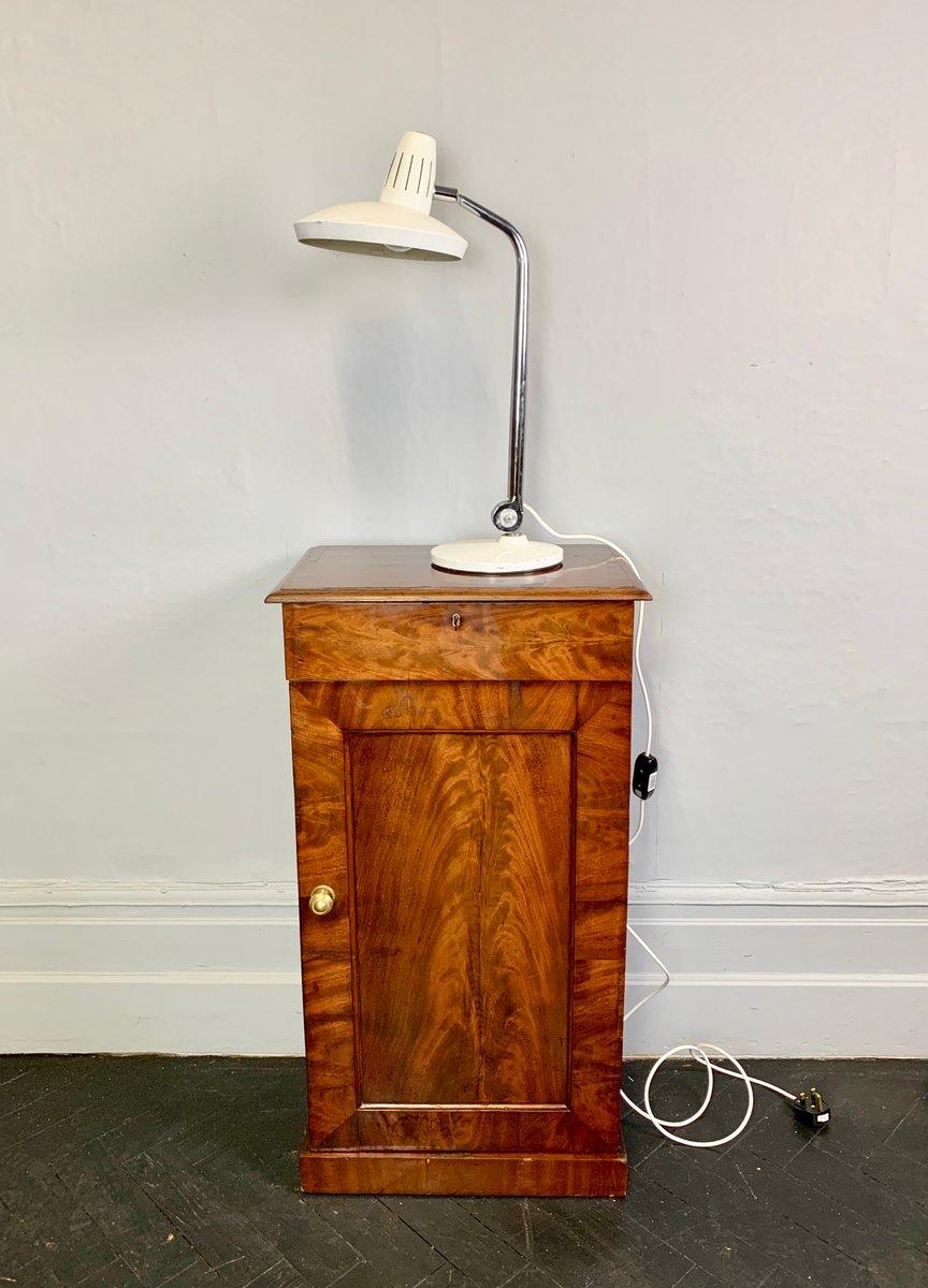 Weiße Vintage Schreibtischlampe aus Metall von Fase, 1970er