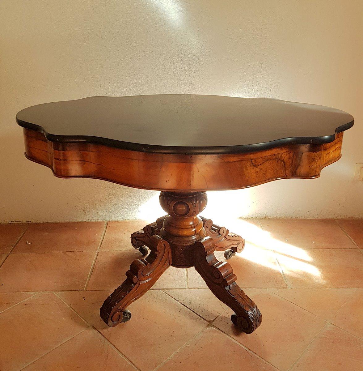 Table Ovale Antique En Noyer Et Plateau En Marbre Noir En Vente Sur