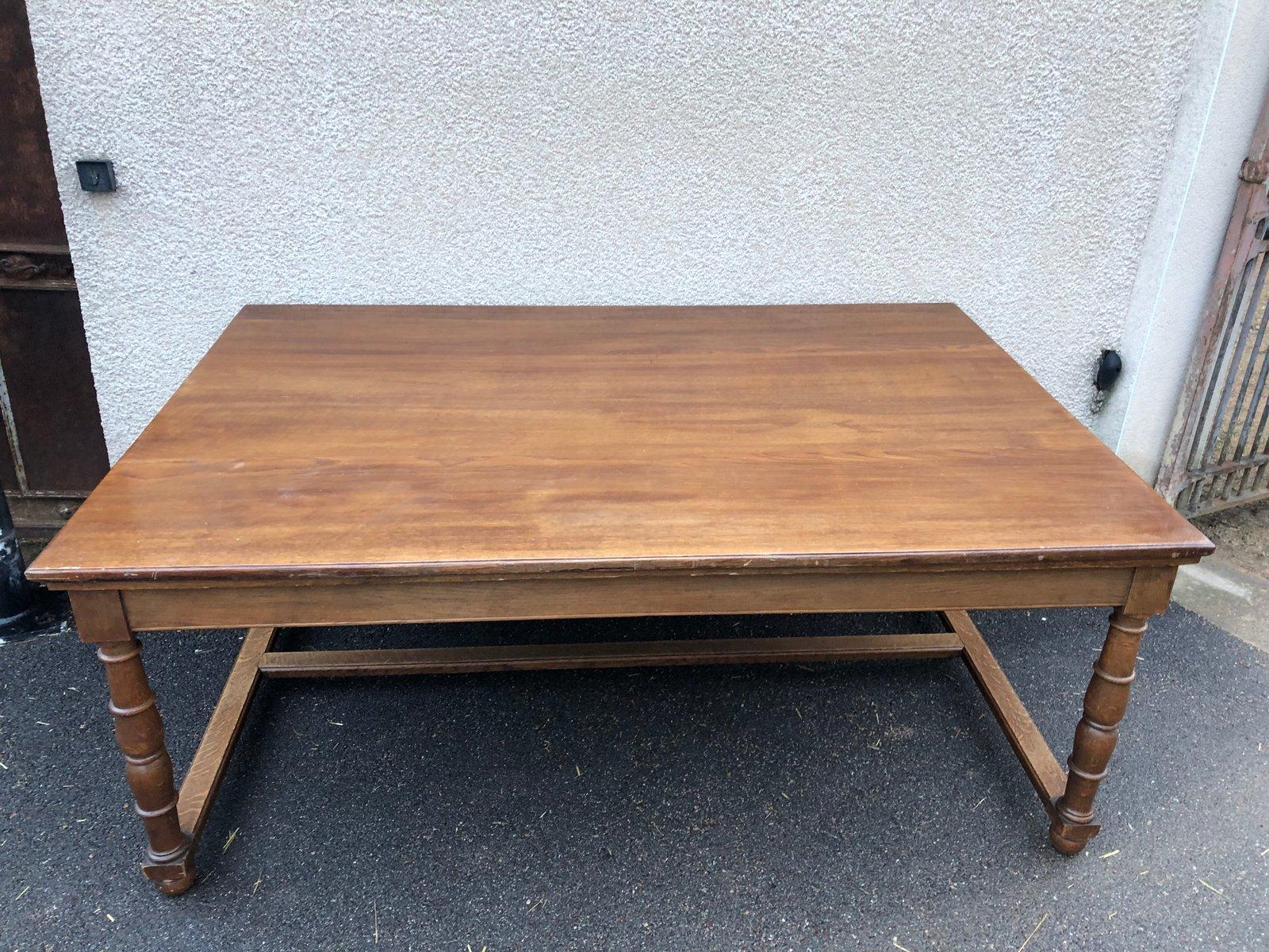 Antiker französischer Tisch aus Eiche aus einer Botschaft