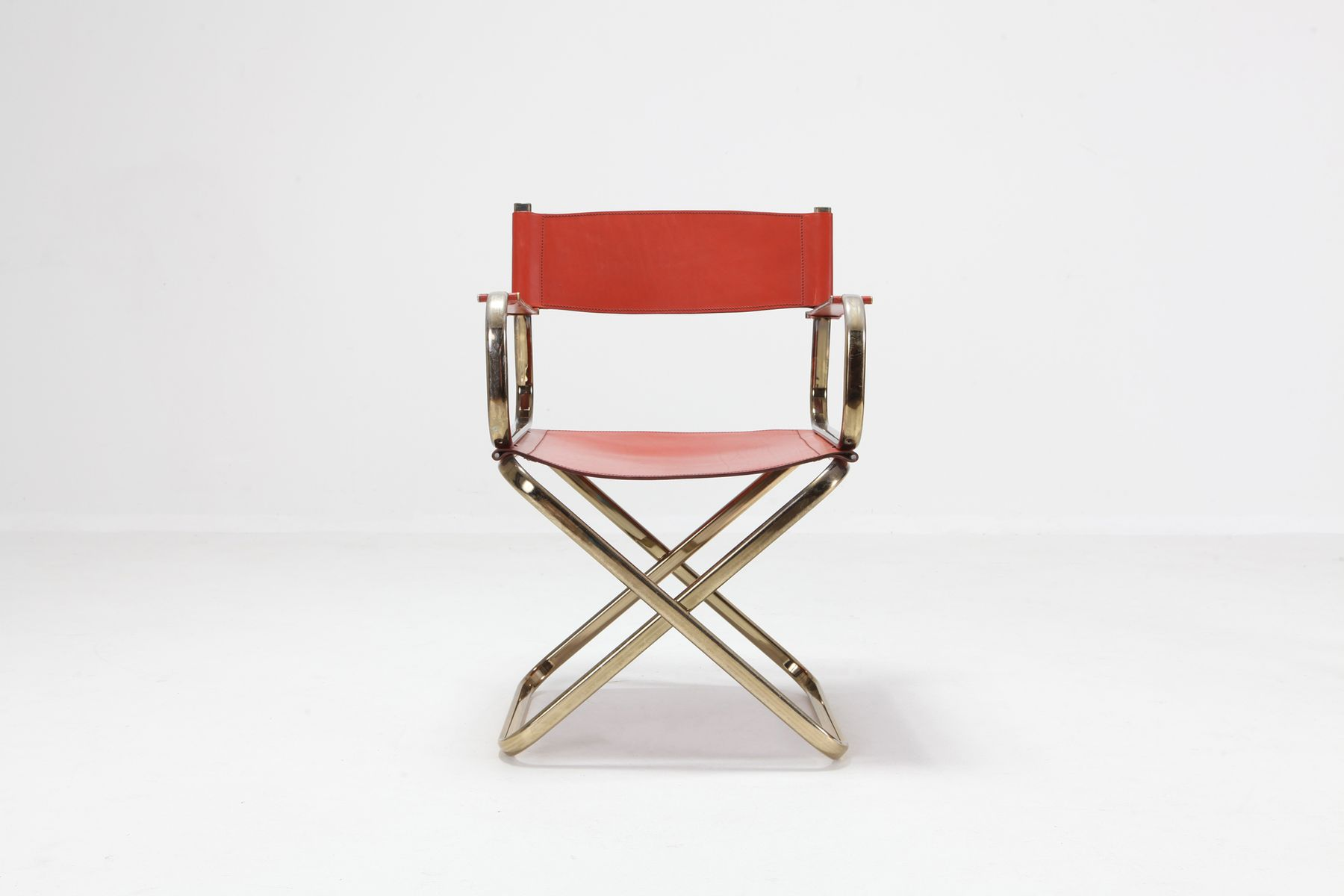 Sedie da regista mid century in ottone e pelle rossa di arrben