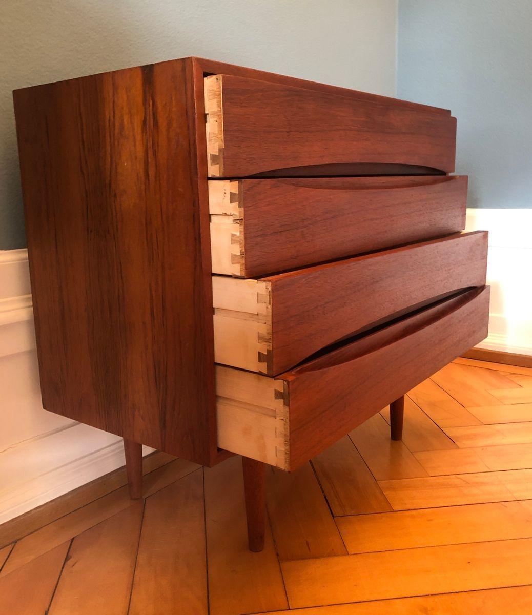 d nische mid century kommode aus teak 1960er bei pamono. Black Bedroom Furniture Sets. Home Design Ideas