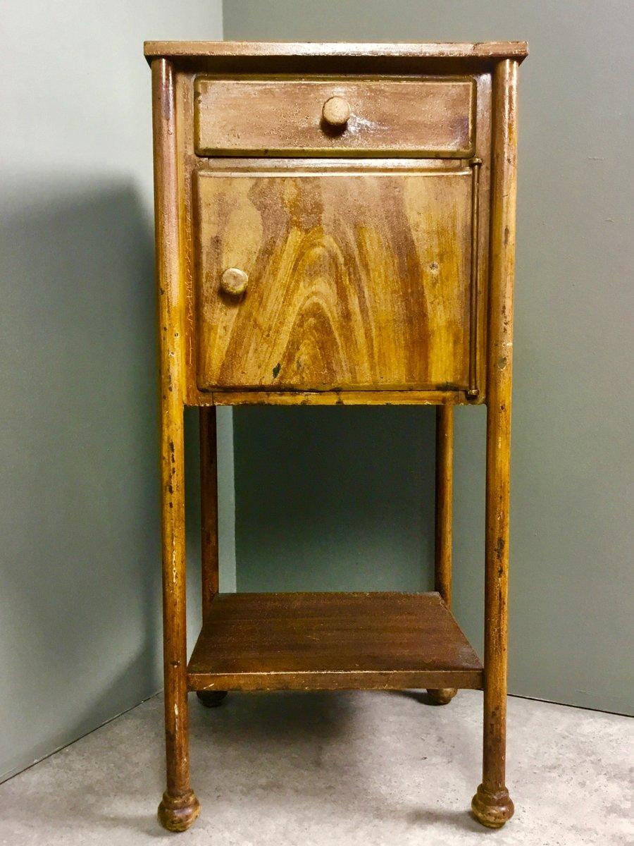 table de chevet industrielle vintage en m tal en vente sur pamono. Black Bedroom Furniture Sets. Home Design Ideas