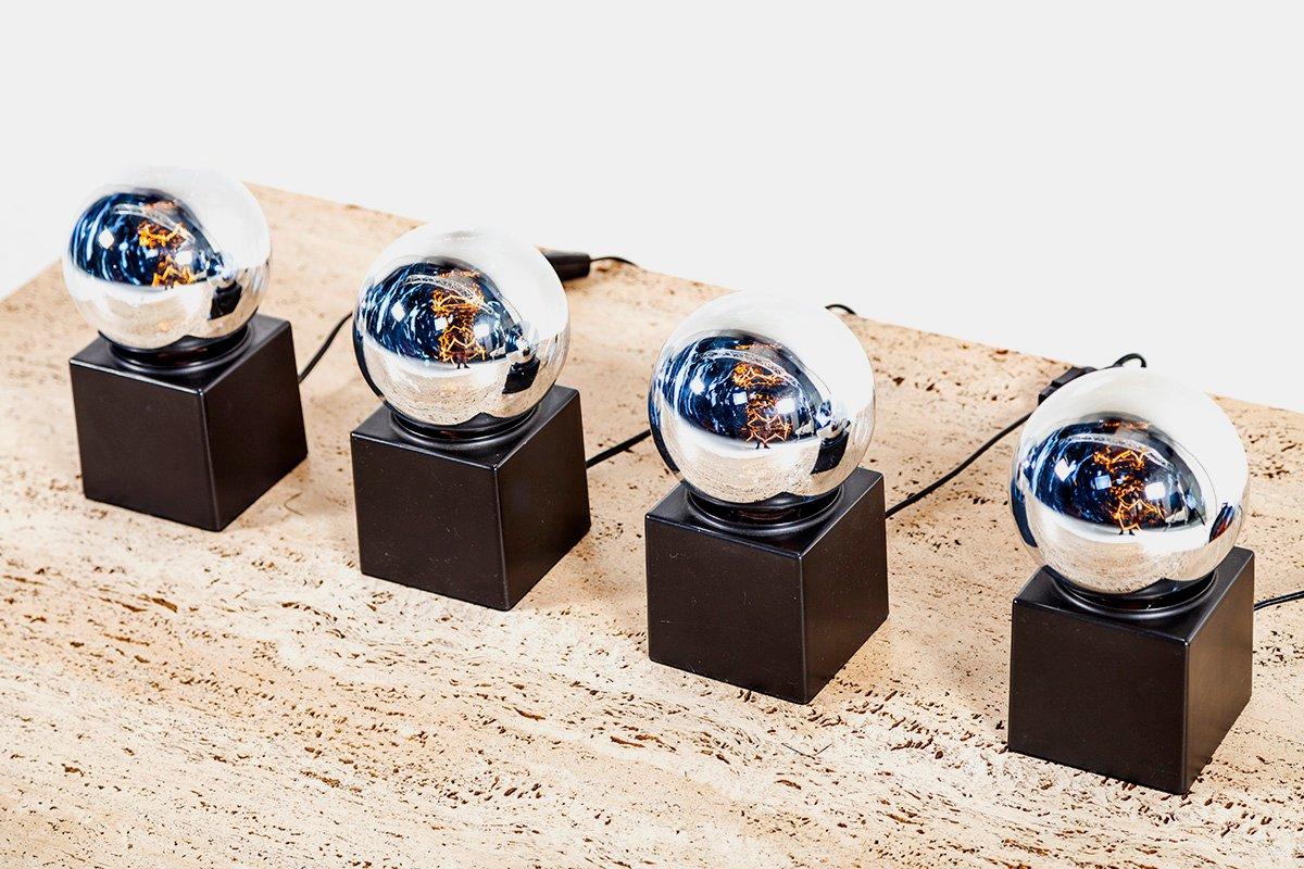Silberfarbene Space Age Tisch- oder Wandlampen von Philips, 1960er, 4e...