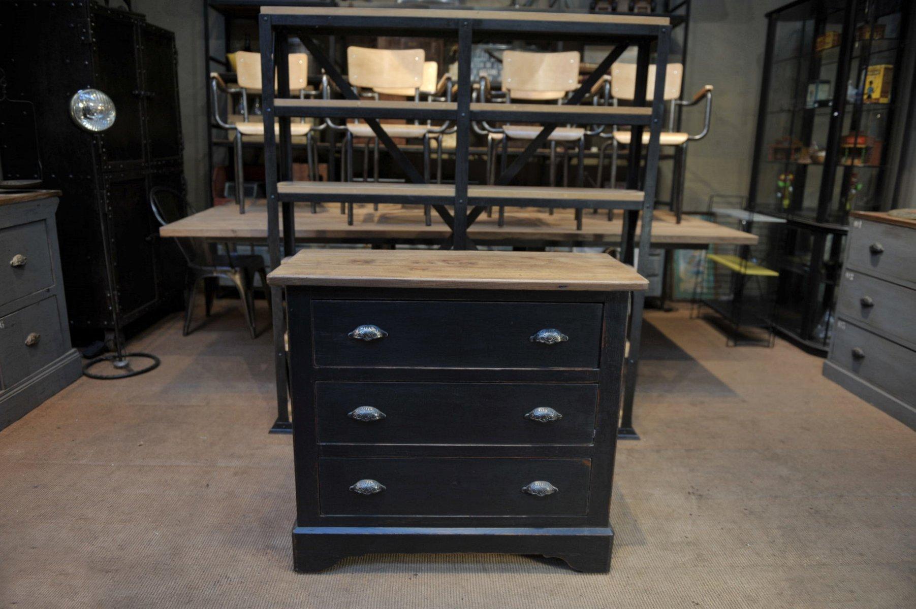kleine schwarze kommode aus ulmenholz mit 3 schubladen 1930er gerwerth gmbh waltrop. Black Bedroom Furniture Sets. Home Design Ideas