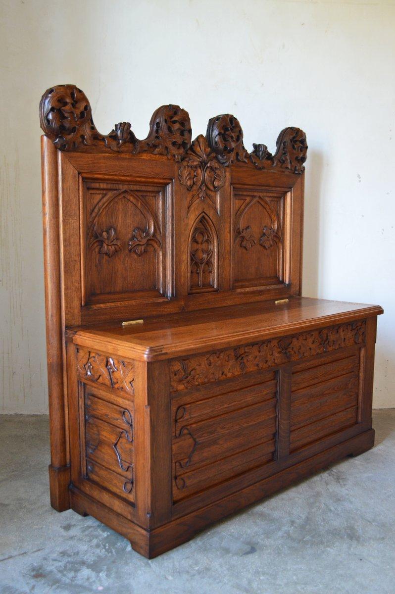 banc d 39 entr e avec coffre gothique en ch ne sculpt. Black Bedroom Furniture Sets. Home Design Ideas