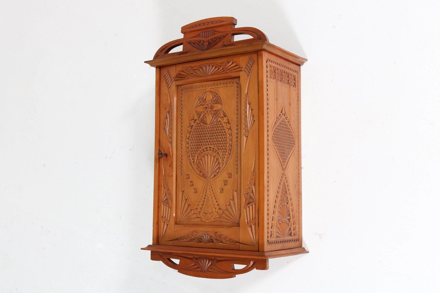 meuble mural fruitwood kerfschnitt art nouveau pays bas 1900s en vente sur pamono. Black Bedroom Furniture Sets. Home Design Ideas