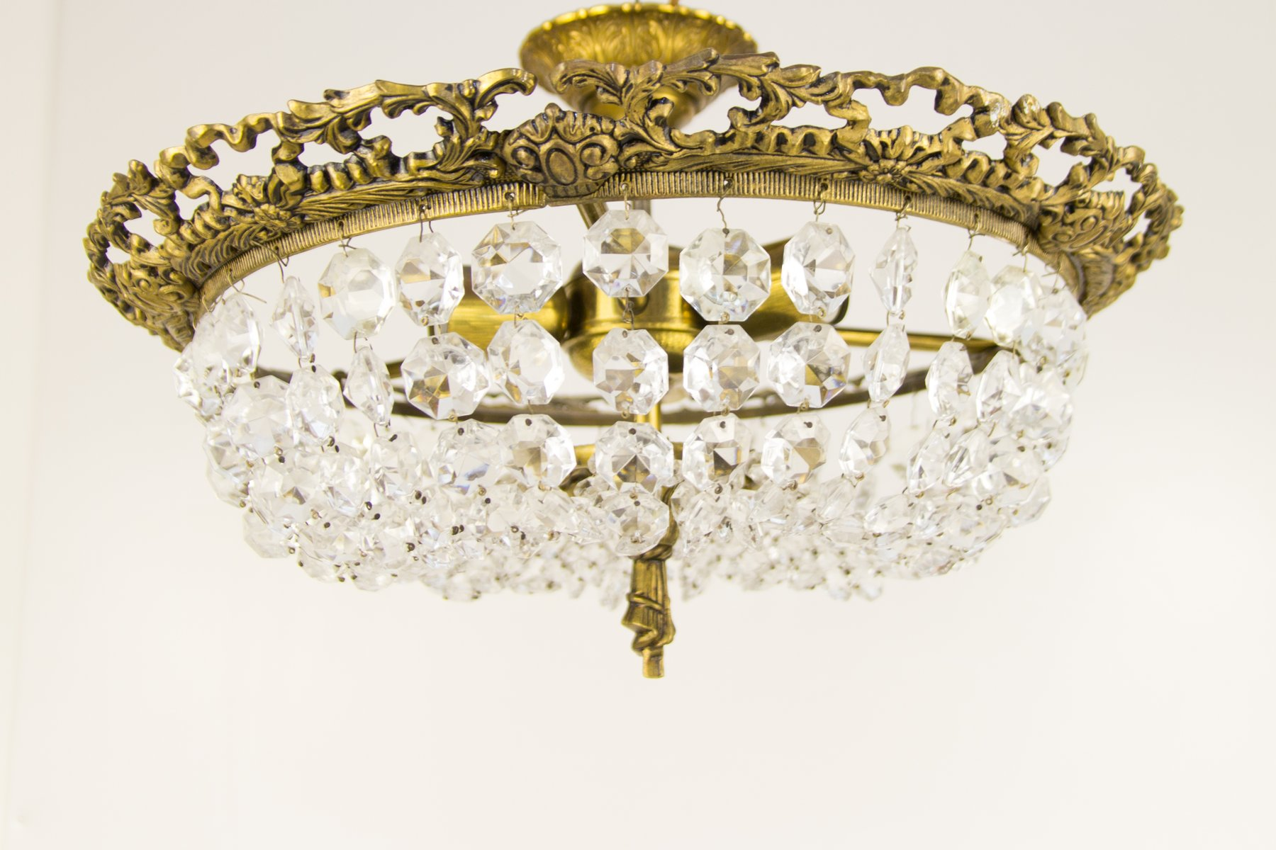 Mid-Century Crystal Glass and Bronze Ceiling Lamp bei Pamono kaufen