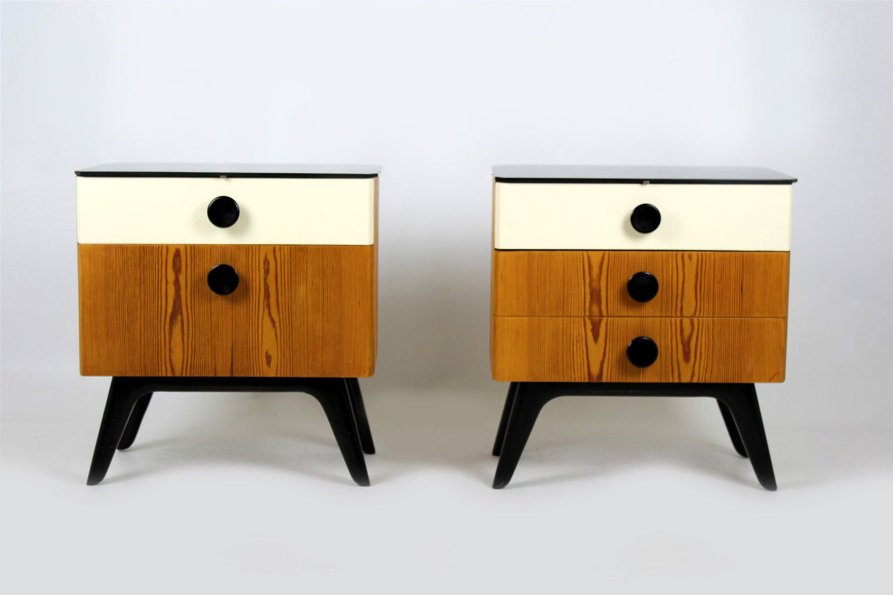 Mid-Century Nightstands with Black Glass Tops from UP Zavody, 1960s, S...