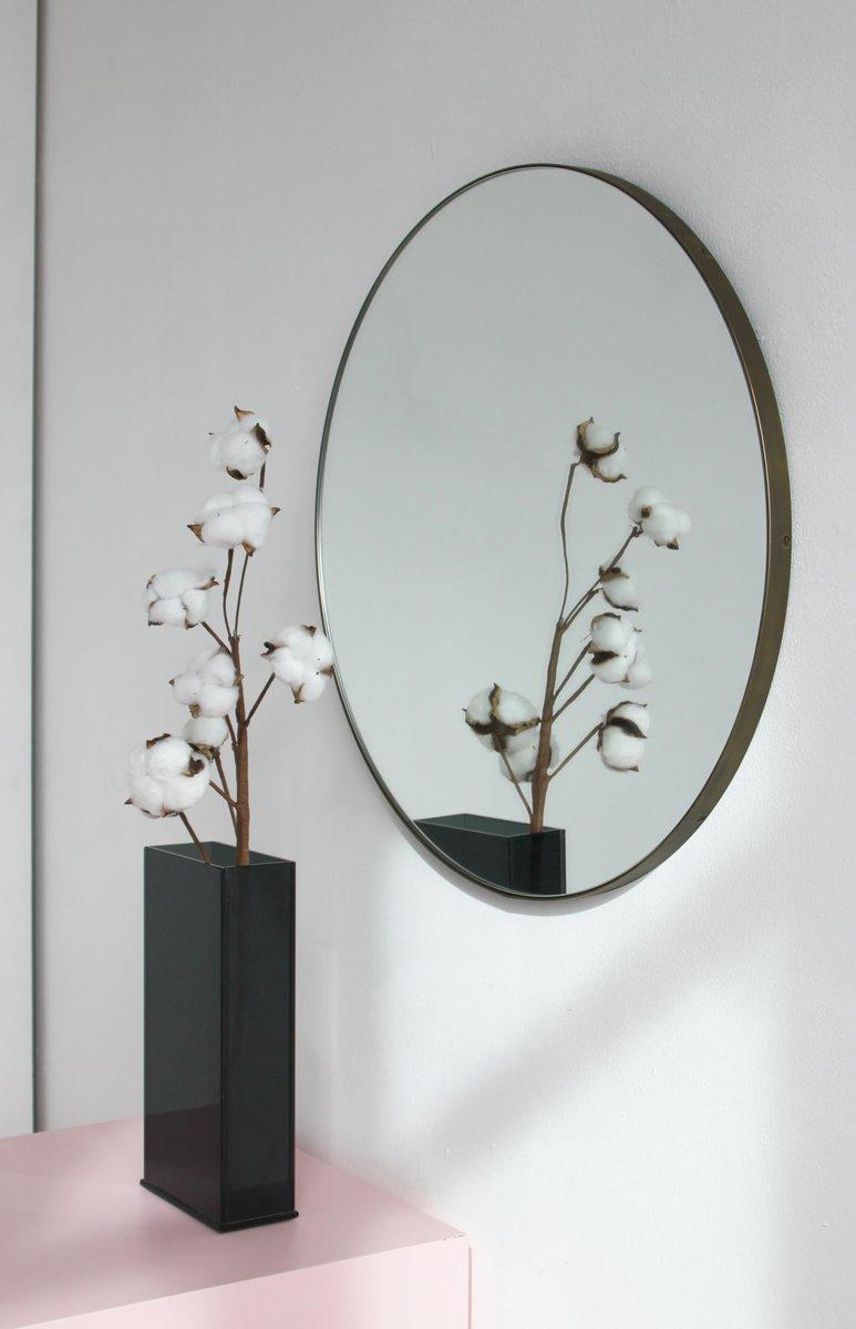 Miroir rond orbis en argent avec cadre en bronze par alguacil perkoff ltd en vente sur pamono for Miroir rond sans cadre