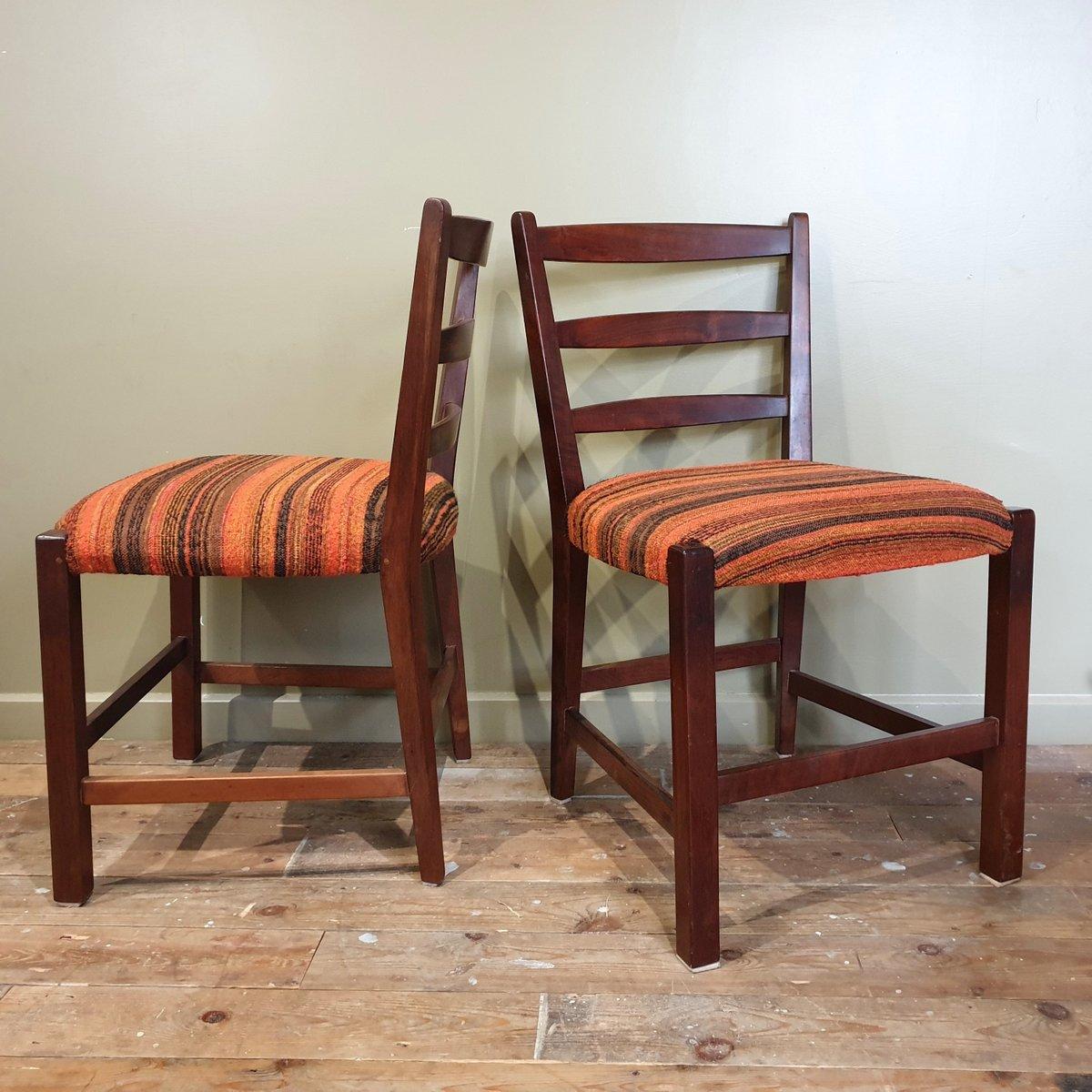 afrikanische vintage st hle aus hartholz 4er set bei pamono kaufen. Black Bedroom Furniture Sets. Home Design Ideas