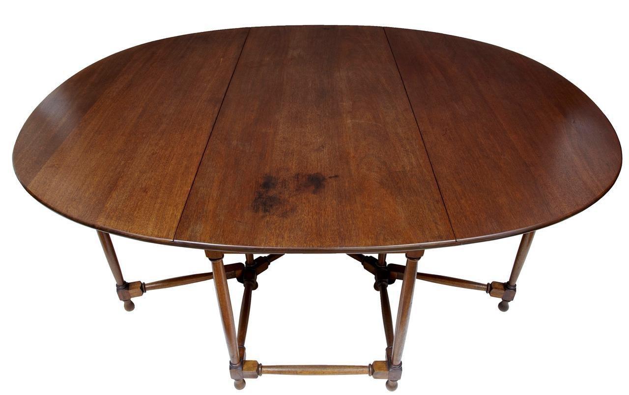 Tavolo da pranzo grande in mogano, anni '20 in vendita su ...