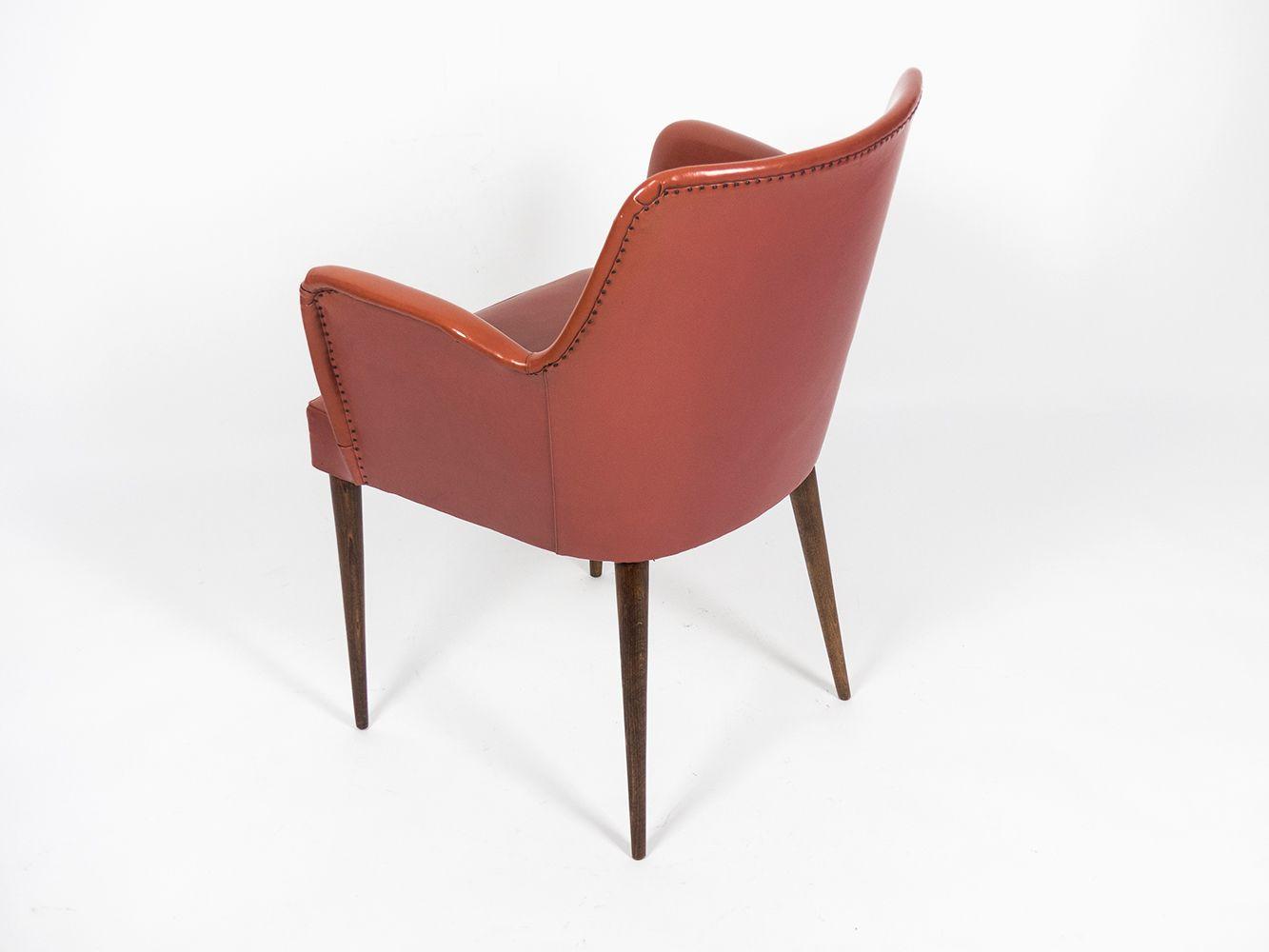 Vintage p35 armchair by osvaldo borsani for arredamenti for Molteni arredamenti varedo