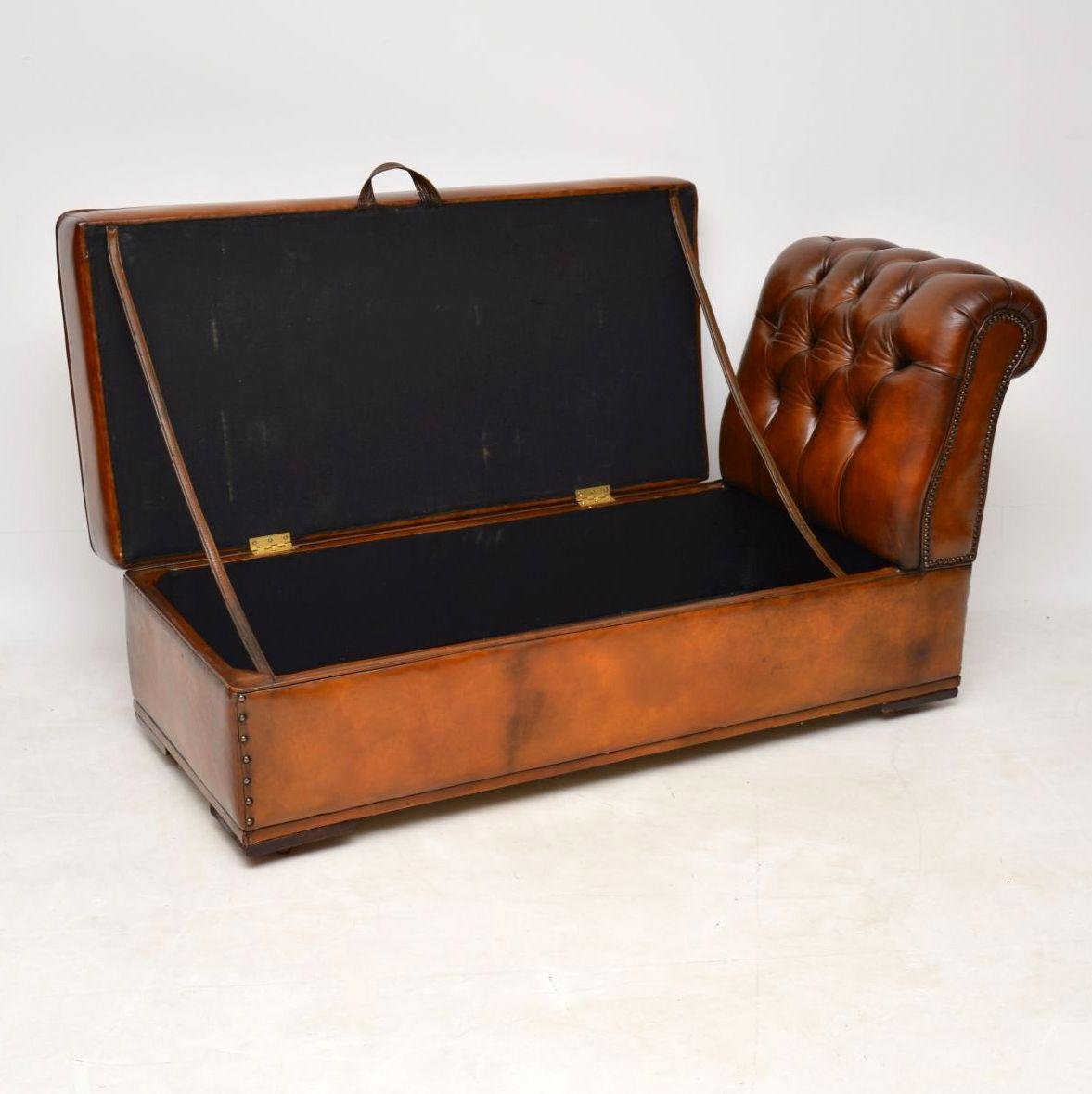 Antique Victorian Leather Chaise Lounge Ottoman For Sale