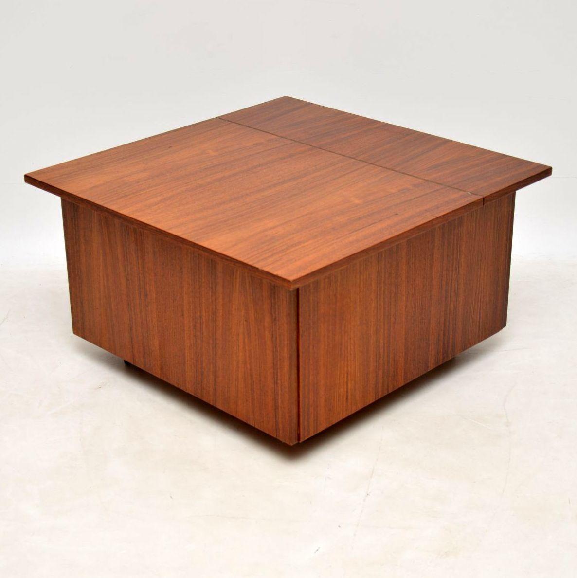 tischleuchte 5207 im tiffany stil creme gr n casa tapas neuwied. Black Bedroom Furniture Sets. Home Design Ideas