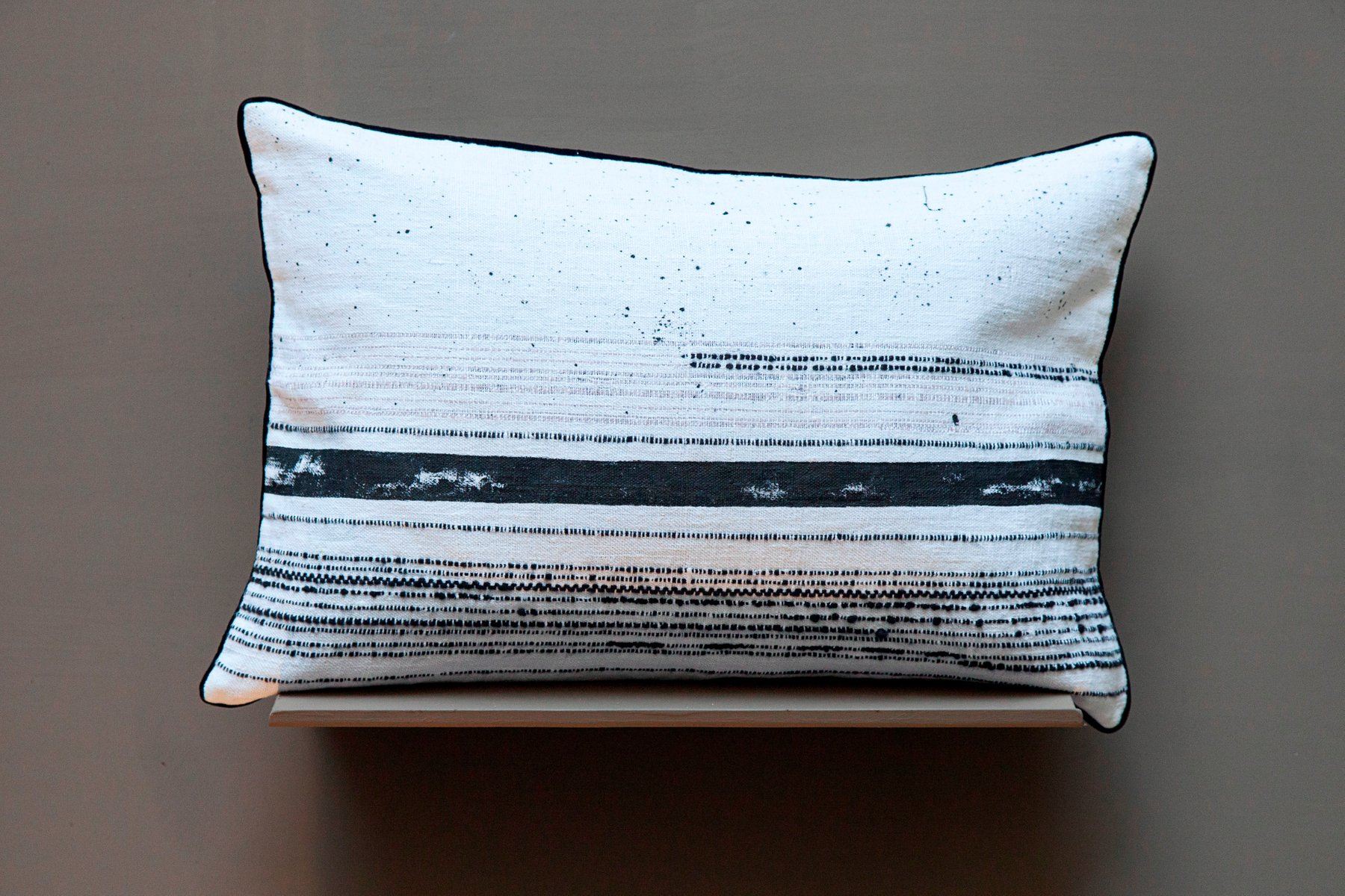 cuba kissen von gaiadipaola bei pamono kaufen. Black Bedroom Furniture Sets. Home Design Ideas