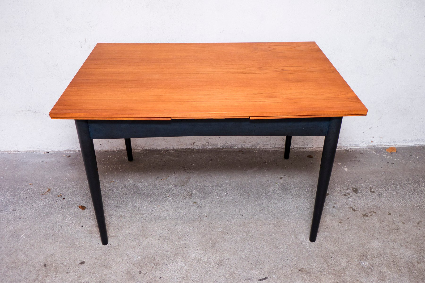table de salle manger scandinave en teck 1960s en vente sur pamono. Black Bedroom Furniture Sets. Home Design Ideas