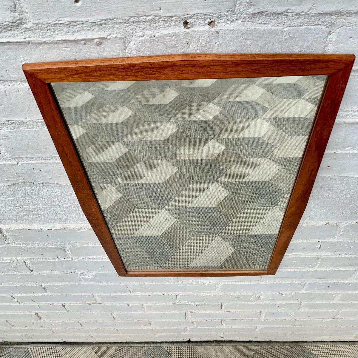 rechteckiger vintage wandspiegel mit rahmen aus teak. Black Bedroom Furniture Sets. Home Design Ideas
