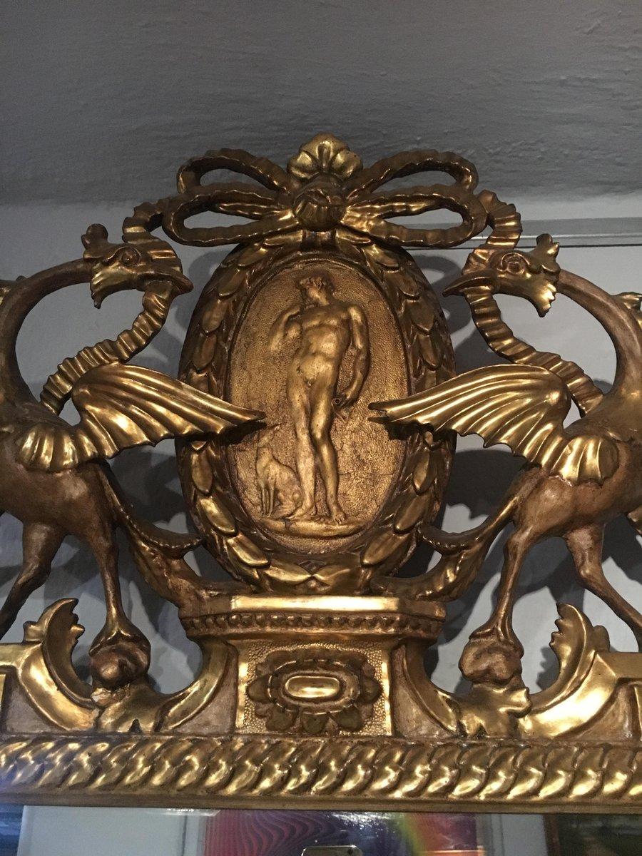 antiker italienischer spiegel mit vergoldetem holzrahmen. Black Bedroom Furniture Sets. Home Design Ideas