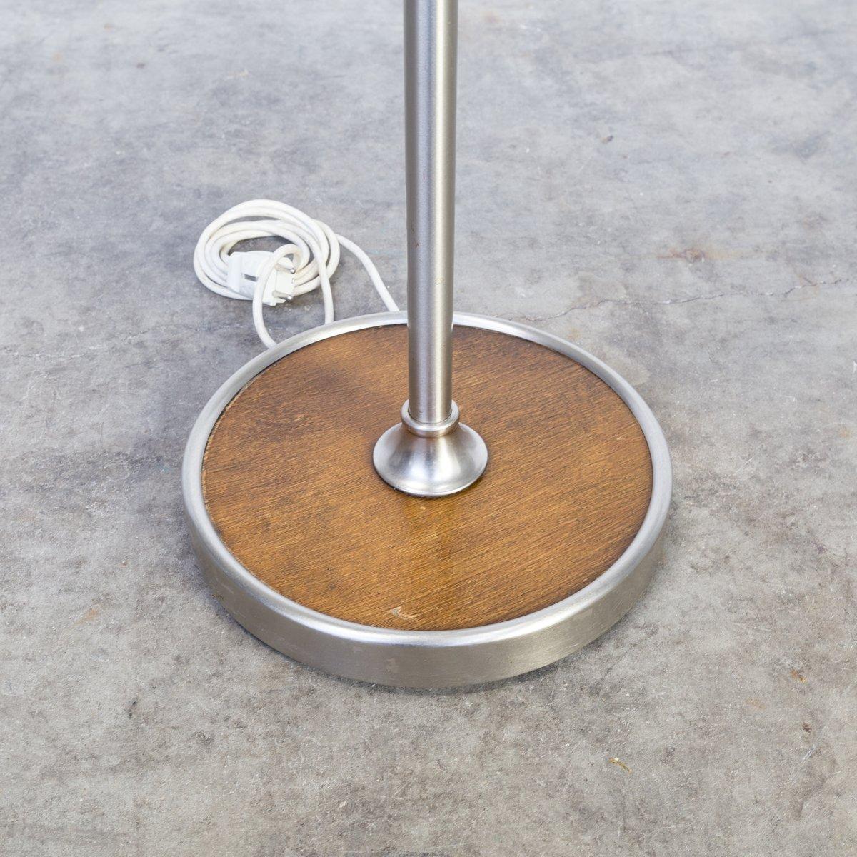 stehlampe aus metall leder holz mit schwenkarm 1980er. Black Bedroom Furniture Sets. Home Design Ideas