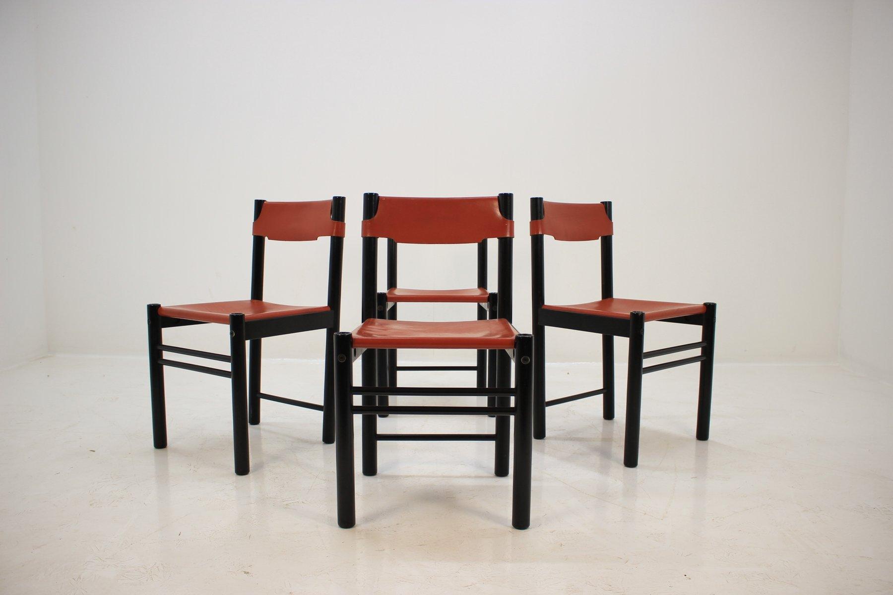 italienische esszimmerst hle mit bezug aus leder von. Black Bedroom Furniture Sets. Home Design Ideas
