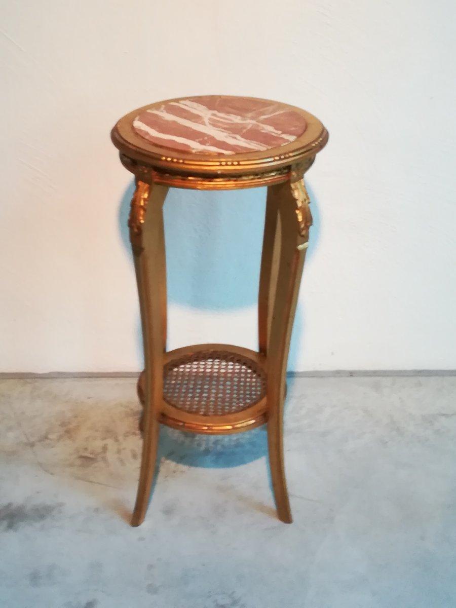 hoher vergoldeter beistelltisch aus holz mit marmorplatte 1950er bei pamono kaufen. Black Bedroom Furniture Sets. Home Design Ideas