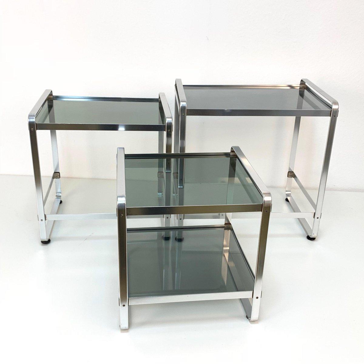 Tables gigognes en aluminium et en verre fum italie 1970s en vente sur pamono for Tables gigognes verre