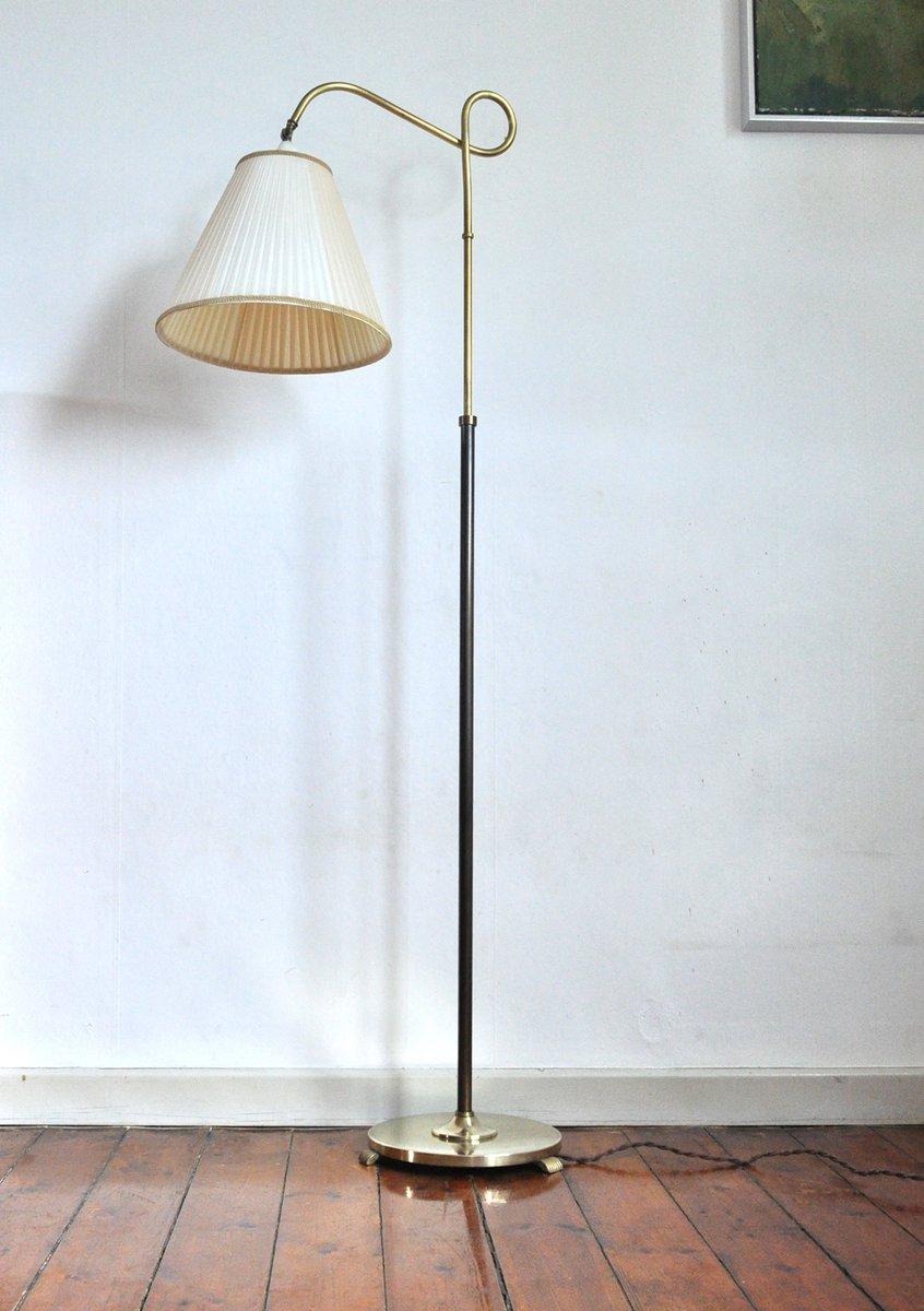 Art Deco Stehlampe mit Fuß aus Messing & gebräuntem Schirm, 1930er