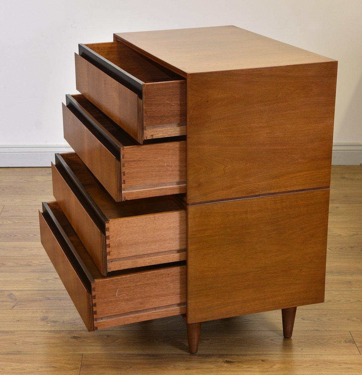 mid century kommode aus nussholz von meredew 1950er bei. Black Bedroom Furniture Sets. Home Design Ideas