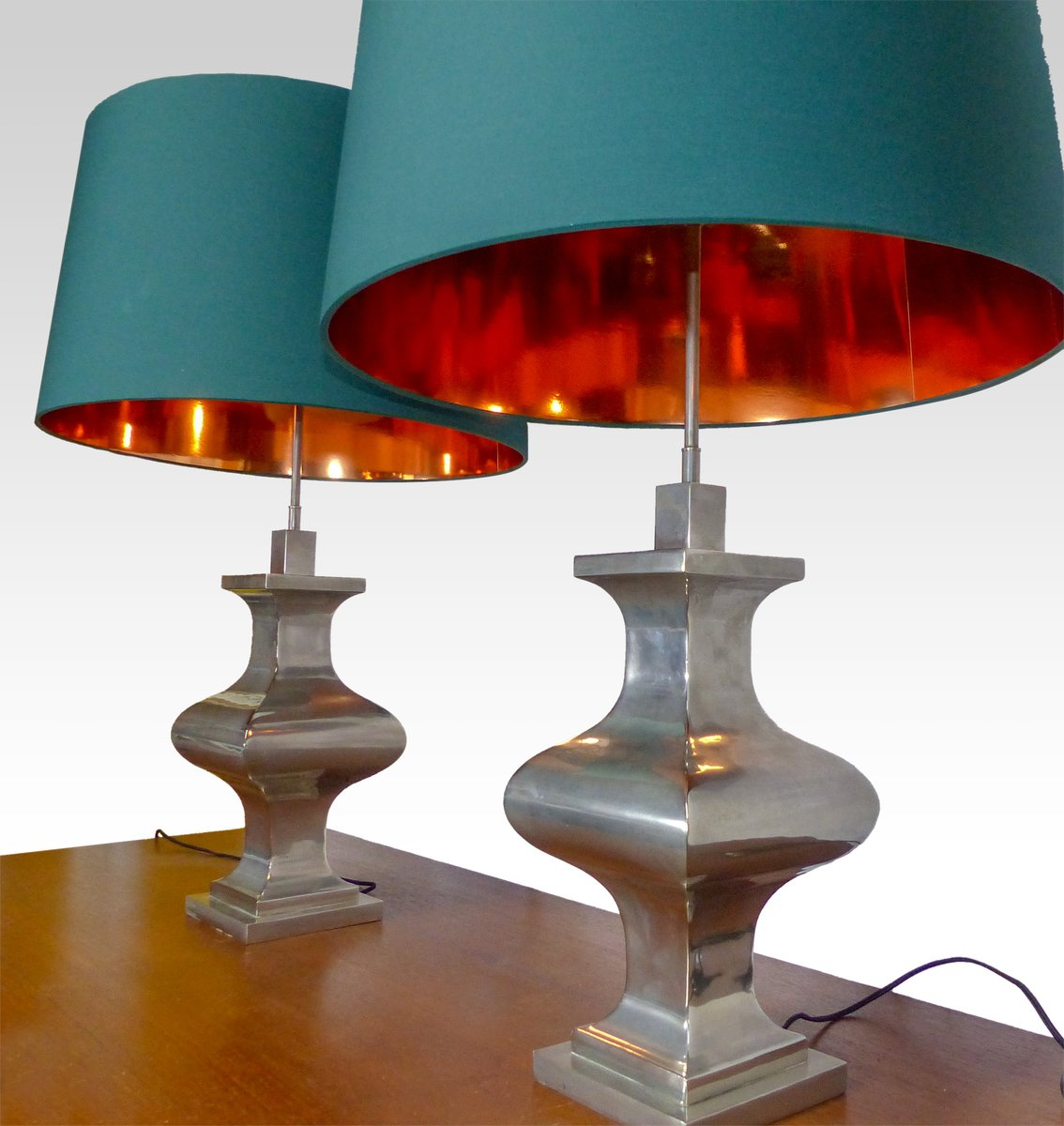 Antique Style Table Lamps 1970s Set Of 2 For Sale At Pamono