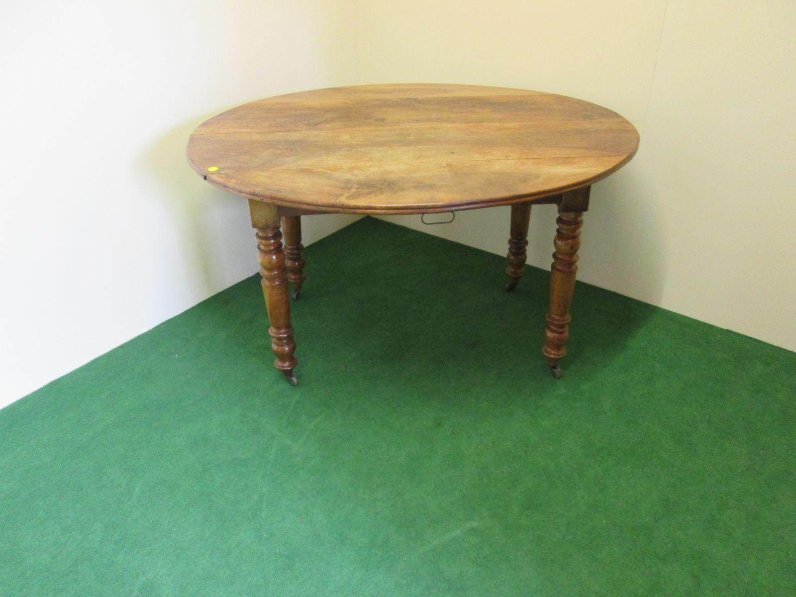 table de salle manger ovale extensible antique en vente. Black Bedroom Furniture Sets. Home Design Ideas
