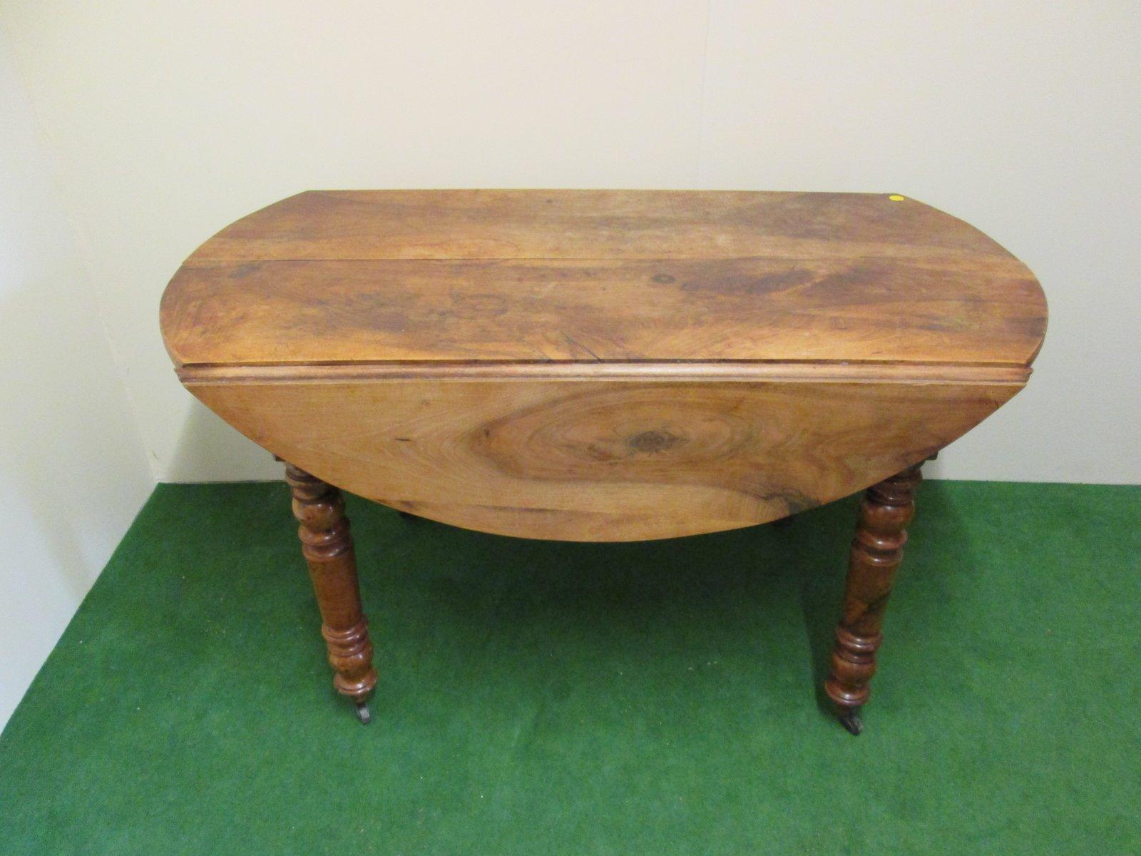 table de salle manger ovale extensible antique en vente sur pamono. Black Bedroom Furniture Sets. Home Design Ideas