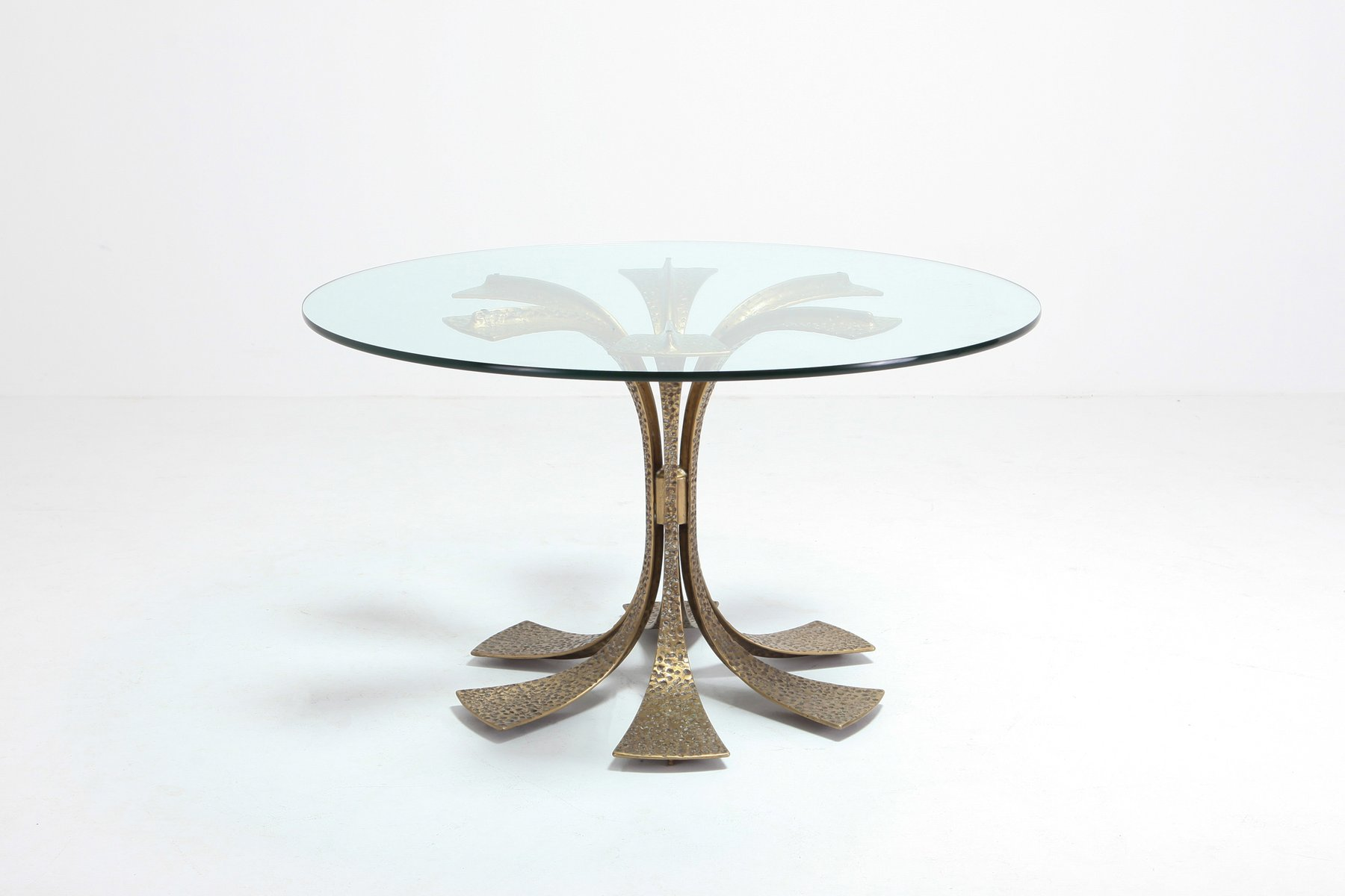 Hollywood Regency Hammered Brass Dining Table by Luciano Frigerio, 197...