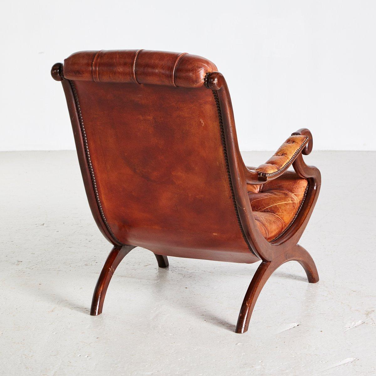fauteuil chesterfield en cuir marron 1970s en vente sur. Black Bedroom Furniture Sets. Home Design Ideas