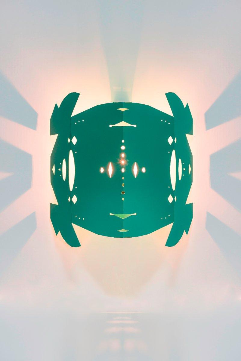 Paper Cut Wandlampe von Kiki Van Eijk & Joost Van Bleiswijk
