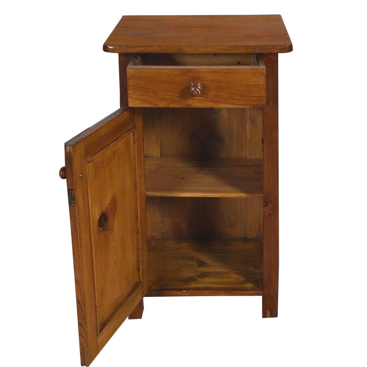 table de chevet champ tre tyrolienne vintage en pin massif en vente sur pamono. Black Bedroom Furniture Sets. Home Design Ideas