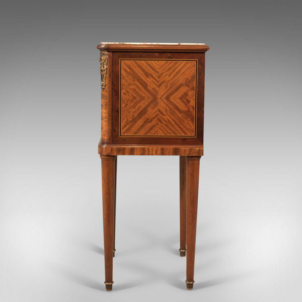 table de chevet antique avec plateau en marbre france en vente sur pamono. Black Bedroom Furniture Sets. Home Design Ideas